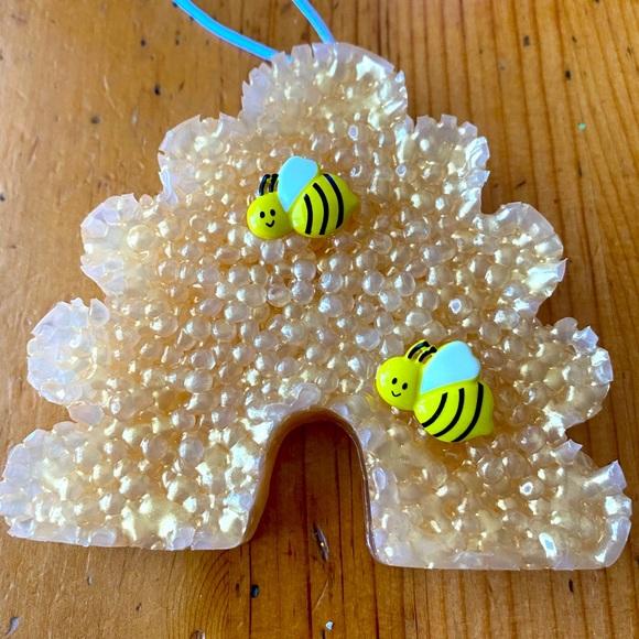 Bee & Honeycomb car freshie